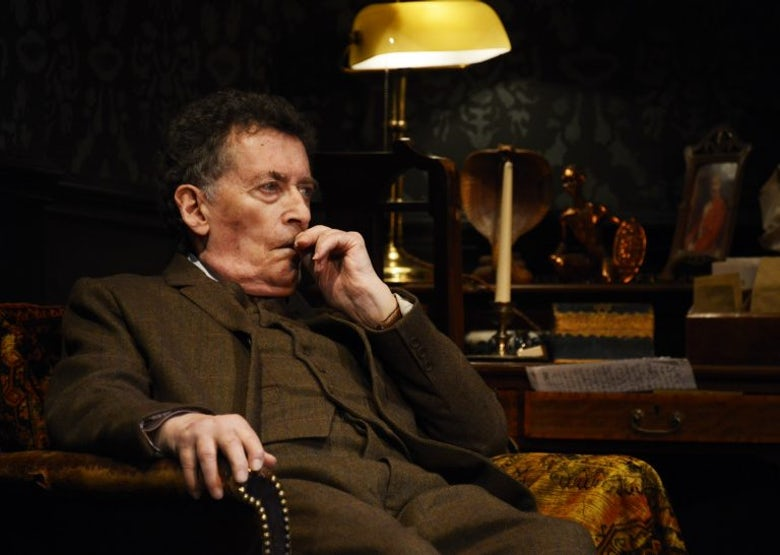 Robert Powell as Sherlock Holmes Cr. Nobby Clark