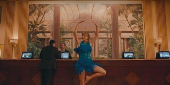 Watch: Taylor Swift dances like no one's watching in 'Delicate'